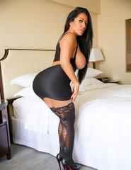 Busty Latina Milf - 06