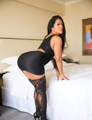 Busty Latina Milf - 07
