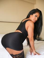Busty Latina Milf - 08