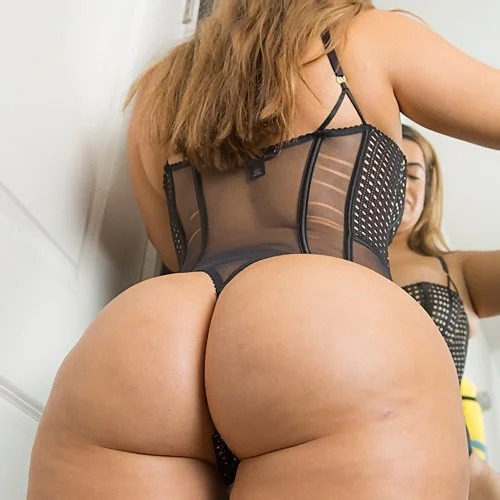 Lisa Martiz Huge Ass