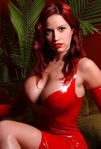 Bianca B red latex